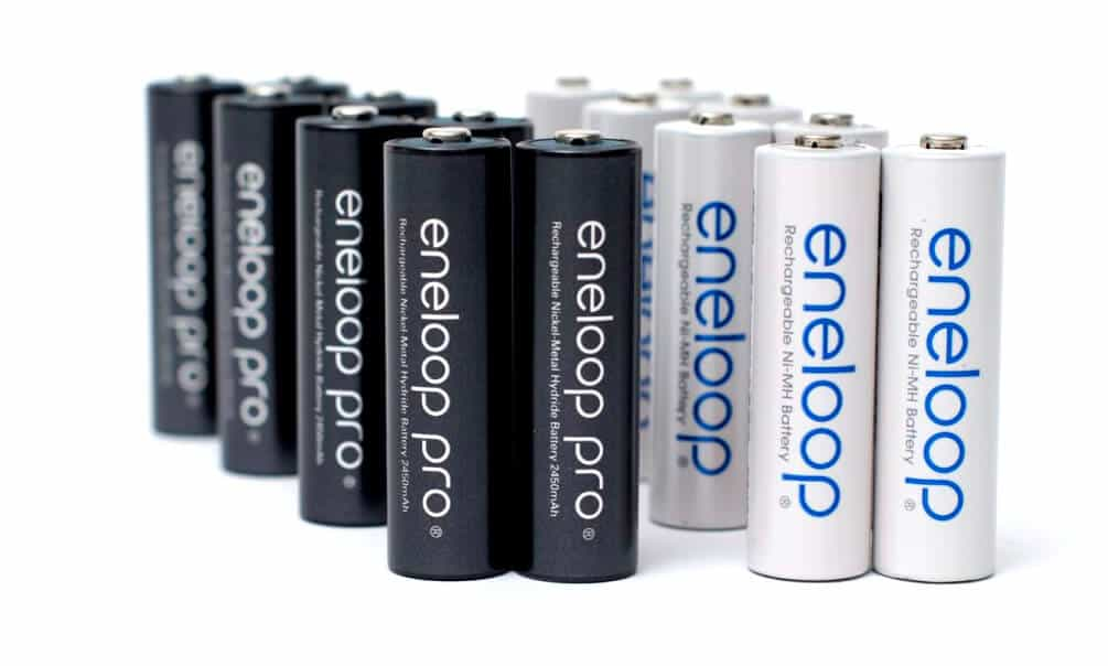 the best rechargeable aa batteries of 2016. Black Bedroom Furniture Sets. Home Design Ideas